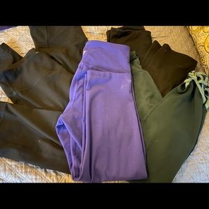 Lot of 5 Old Navy work out leggings